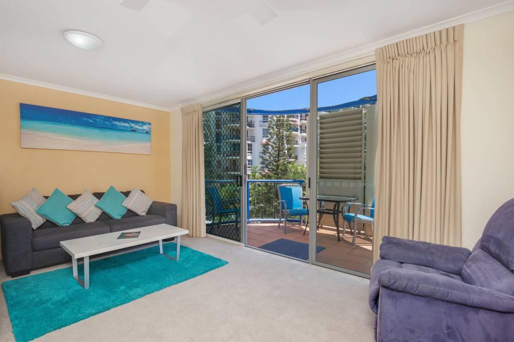 Surfers Beach Resort One - 1 Bedroom Apartment