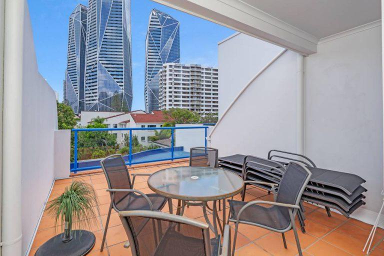 Surfers Beach Resort One - 2 Bedroom Apartment